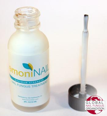 EmoniNail bottle